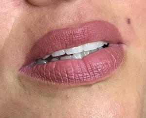 sminktetoválás-száj-tetoválás-illés-kriszta-zsidró-szalon-01
